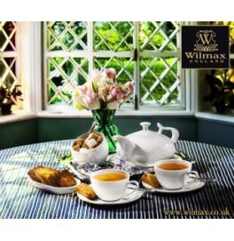 Чашка с блюдцем Wilmax. Цвет: белый